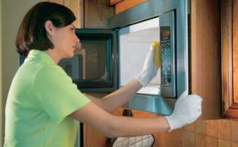 Почистить микроволновку быстро