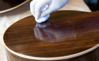 чистка деревянной мебели