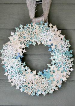 венок из снежинок