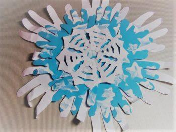 снежинка из ладошек